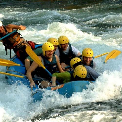 1510976713_rafting_in_trisuli_river