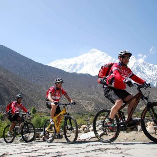 1511060367_cycling__kathmandu_to_kakani_